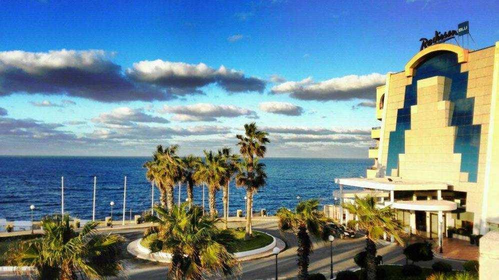 在马耳他享受多元化圈层生活,会是一种怎样的体验?