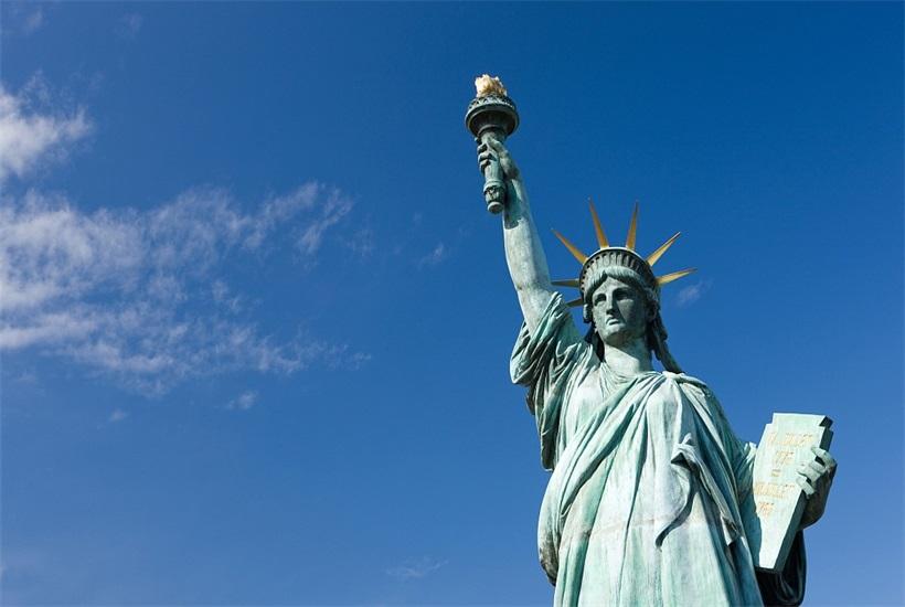 恭喜L女士顺利办理<font color='red'><font color='red'>美国</font><font color='red'>移民</font></font>
